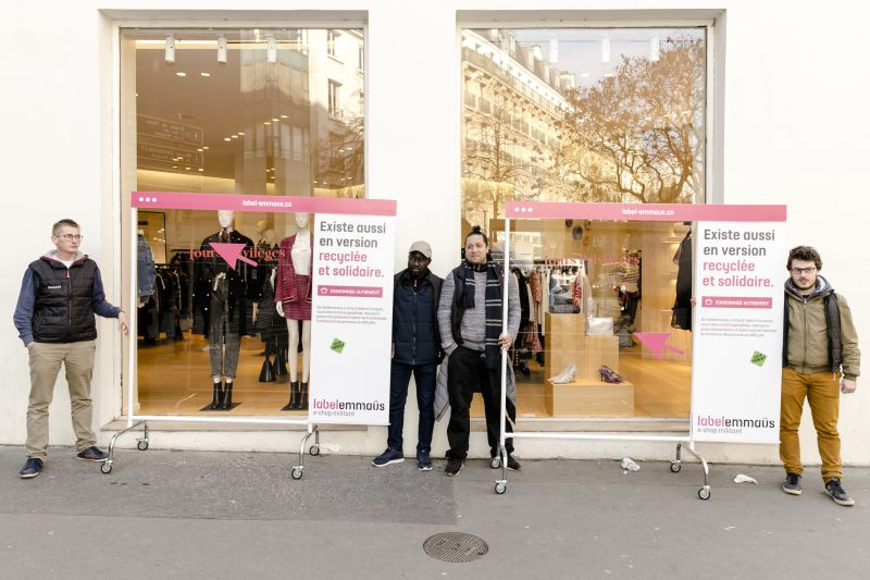 Label_Emmaus_Hack_Friday_Brainsonic_solidaire_eco_responsable_consommation_operation_coup_de_poing_Paris_France_Lifestyle