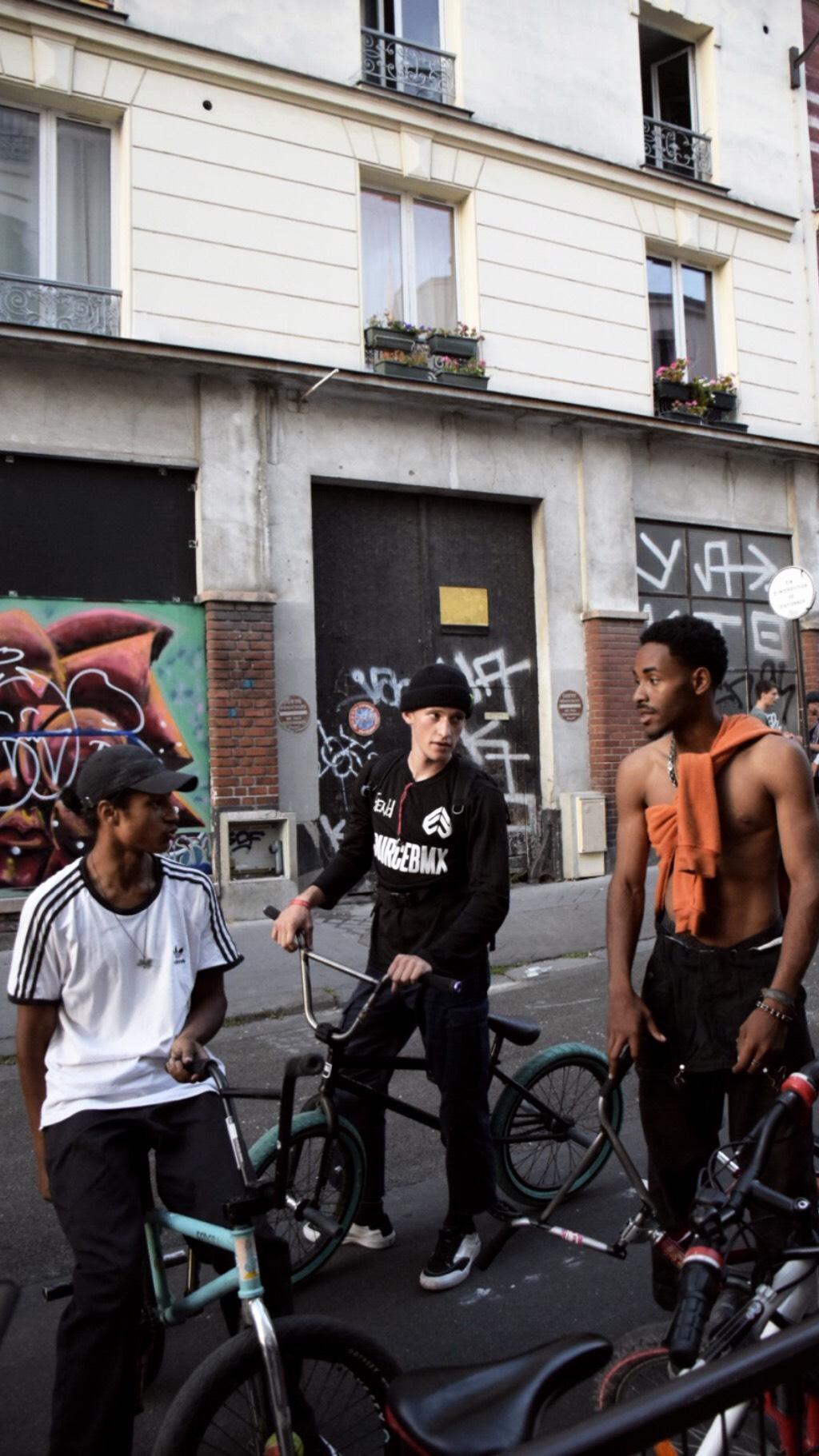 Superbe_media_urbain_paris_lifestyle_france_performance_bmx-13